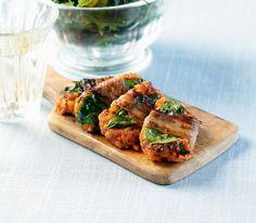 Tomatenrisotto anstatt Fleisch, Speck anstatt Rohschinken und Basilikum anstatt Salbei – ein Hochgenuss wird das aber allemal.