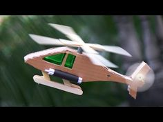 How To Make a Helicopter using Cardboard Popsicle Stick Crafts, Popsicle Sticks, Craft Stick Crafts, Preschool Crafts, Fun Crafts, Crafts For Kids, Arts And Crafts Storage, Diy Arts And Crafts, Diy Airplane Toys