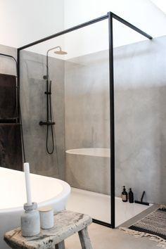 Dit is misschien wel het mooiste huis van Haarlem - Alles om van je huis je Thuis te maken Steam Showers Bathroom, Bathroom Faucets, Small Bathroom, Bathroom Ideas, Remodel Bathroom, Minimal Bathroom, Bathroom Renovations, Bathroom Layout, Bathroom Cabinets