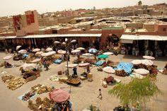 Der Weg zu den Kasbahs in Marokko