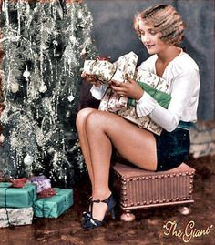 Here's wishing a very merry Christmas and a happy and healthy new year to Cladrite Radio readers and listeners everywhere! And as a gift from us to you, we're placing Carole Lombard, ca. under the tree. Very Merry Christmas, Christmas Past, Retro Christmas, Vintage Holiday, Christmas Girls, Carole Lombard, Vintage Hollywood, Classic Hollywood, Hollywood Glamour