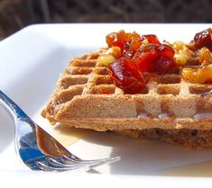 These vegan gluten-free waffles are made with brown rice and buckwheat flours. Top with maple syrup or fruit syrup for a breakfast treat. Paleo, Vegan Gluten Free, Gluten Free Recipes, Best Healthy Recipe Books, My Best Recipe, Vegan Recipes Kid Friendly, Quick Vegan Breakfast, Whole Wheat Waffles, Gluten Free Waffles
