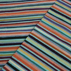 Loruloimen kutomossa valmistettuja mattoja