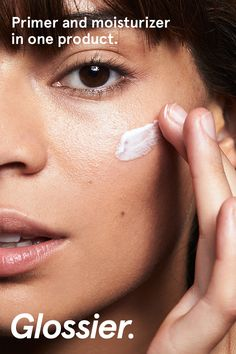 Priming Moisturizer reduces redness and evens out skin's texture, providing a naturally perfected effect before you reach for foundation or concealer. Pores look smaller and skin is left primed for makeup. Free returns, no worries. Only at Glossier.com