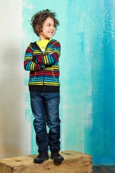 Cardigan à rayures et jeans #mode #modechoc #style #fashionkids #kids Fashion Kids, Mode Choc, Back To School, Jeans, Style, Stripes, Swag, Entering School, Back To College