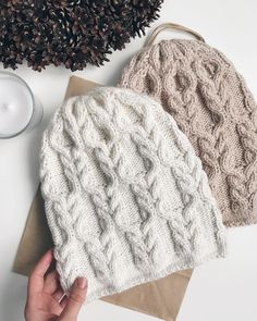 Crochet hat and scarf pattern Super Ideas de tejer Knitting Stitches, Knitting Socks, Knitting Patterns Free, Knit Patterns, Baby Knitting, Knitted Hats, Free Pattern, Knitting Projects, Crochet Projects