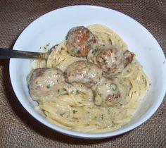 Recept Guru: Húsgombócok tejszínes mártásban Spaghetti, Food And Drink, Ethnic Recipes, Noodle