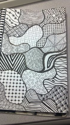 tj-Creations Zentangles -- Go with the flow Easy Doodle Art, Doodle Art Drawing, Zentangle Drawings, Mandala Drawing, Art Drawings, Flower Drawings, Easy Doodles Drawings, Zentangles, Zen Doodle Patterns