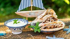 Serbian Cevapcici / Cevapi Recipe with homemade Lepinje Flat Bread Grilling Recipes, Feta, Camembert Cheese, Tacos, Mexican, Flat Bread, Serbian, Homemade, Ethnic Recipes