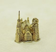 Gothic Chartres Cathedral Charm 18k Gold, French..