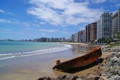 Praia de Iracema, em Fortaleza. Visite o BrasilGuias