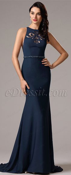 Sleeveless navy gown with stylish cut on the neckline! #edressit #gowns #2016 #fashion