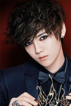 Luhan... soo pretty
