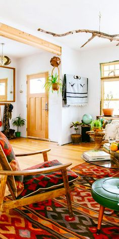How to Score the BEST Kilim Pieces for Your Home + Wardrobe!