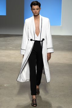 Very nautical meets evening loungewear // Trend: White & Black // Thakoon Spring 2016 Ready-to-Wear Fashion Show