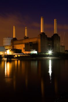 Adrian Rowbotham (Photography) - Battersea Power Station