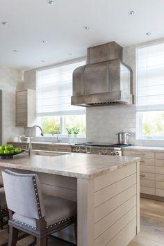 La campana perfecta (en la cocina perfecta) · The perfect cooker hood (in the perfect kitchen)