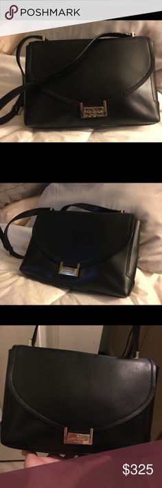 6abcc5f899 Kate Spade ♤ Black Shoulder Bag Here s a gorgeous shoulder bag