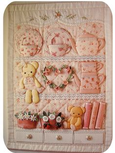 Cutest things ever!  Spanish blog with link to Japanese quilting books ebay page