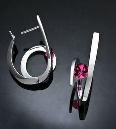 Argentium silver and Rhodolite garnet earrings designed by David Worcester for VerbenaPlaceJewelry.Etsy.com