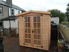 5ft x 6ft Bespoke wooden summerhouse