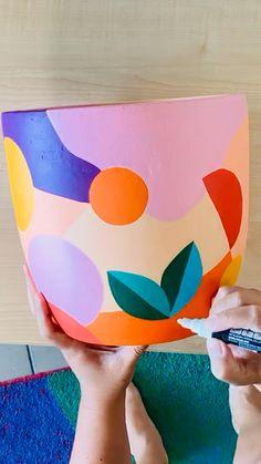 Diy Arts And Crafts, Creative Crafts, Clay Crafts, Paper Crafts, Ceramic Painting, Ceramic Art, Painted Ceramics, Painted Pottery, Painted Plant Pots