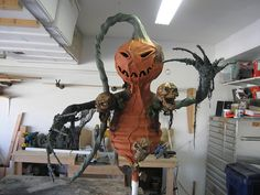 I would like to send a special thanks to the pumpkinrot (of course!), spookyblue and stolloween sites for their awesome creations and information on t Halloween Forum, Halloween Items, Halloween Party Costumes, Halloween Projects, Holidays Halloween, Spooky Halloween, Halloween Pumpkins, Halloween Scene, Halloween Festival