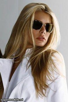 ac6d97e82147c Fio De Cabelo, Usando Óculos, Oculos De Sol, Beleza, Lindas Mulheres,