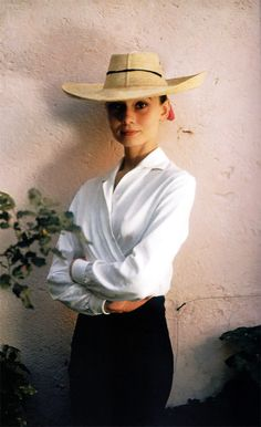 Audrey Hepburn during the production of The Unforgiven, Durango, Mexico, 1959. Photograph by Inge Morath. Scan by rareaudreyhepburn from the book Audrey Hepburn: A Life in Pictures.