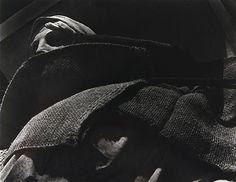 La de Las Bellas Artes [She of the Fine Arts Museum]       Alvarez Bravo, Manuel     c. 1930