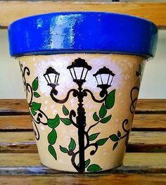 Macetas pintadas. Painted pots. Estilo Indi. #paintedpots #macetas #pots #garden