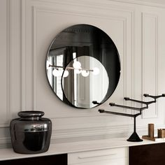 style hanging wall decor with beautiful, symmetrical shape - espejo Art Deco Mirror, Mirror Tiles, Round Wall Mirror, Glass Mirrors, Mirror Vanity, Mirror Wall Art, Art Deco Spiegel, Spiegel Design, Vintage Mirrors