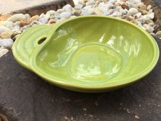 """Gorgeous midcentury Hoenig of California 1960s """"Art Deco"""" style green ceramic squash shaped bowl with lovely leaf handle!"""