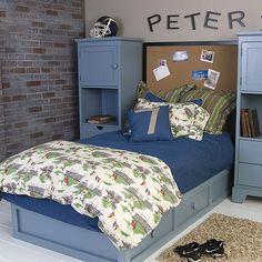 Alvin Bedding From Poshtots Like The Bookcases And Cork Board A Headboard