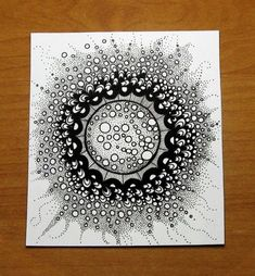 40 Absolutely Beautiful Zentangle patterns For Many Uses - Bored Art - Zendoodle Doodles easy Doodles Zentangles, Tangle Doodle, Zentangle Drawings, Zen Doodle, Doodle Drawings, Doodle Art, Pencil Drawings, Doodle Patterns, Zentangle Patterns