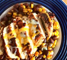 Southwest Blackened Chicken with Beans - One of the most popular recipes on Meal Planning Mommies... Super simple using just 7 ingredients, and it tastes fantastic! Only 7 Green, 2 Blue, and 2 Purple MyWW points per serving! You are going to love this stuff!! Weight Watcher Dinners, Weight Watchers Chicken, Ww Recipes, Cooking Recipes, Healthy Recipes, Chicken Recipes, Dinner Recipes, Dinner Ideas, Party