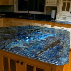 For all of us who have an intense Labradorite attraction, check out this countertop from the fb page of Forrest Alchemy Designs. Too beautiful!!! Blessings,  Lourdes