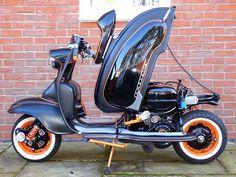 Lambretta S1 scooter - Nice matte & gloss paint and colors (Dunway Enterprises) http://dunway.us/ (tinyurl.com/o5wzp6r)