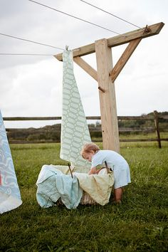 Some day I'd like to live where I can have a clothes line. Bed sheets dried outside nothing smells better!