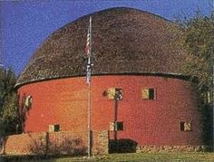 The Round Barn, Arcadia, Oklahoma. / FICTILIS Dean I can't see anything OK related without thinking of you! Oh The Places You'll Go, Great Places, Route 66 Oklahoma, Cedar Lake, Barns Sheds, Country Barns, Roadside Attractions, Down On The Farm, Old Farm