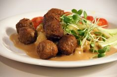 Lihapullat (meat balls). | 42 Traditional Finnish Foods That You Desperately Need In Your Life