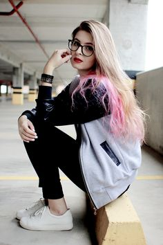 Best paying jobs for women Grunge Fashion, Look Fashion, Urban Fashion, 90s Fashion, Fashion Outfits, Stylish Dpz, Stylish Girl, Jobs For Women, Girls Dpz