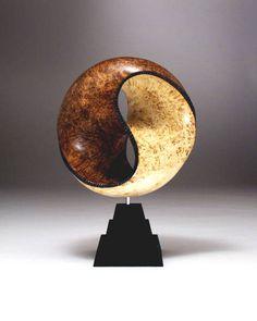 Centro- El equilibrio I Feng Shui En el centro se trabaja el equilibrio, la salud, la estabilidad y permite que las energías de estas direcciones encuentren un punto de equilibrio | Yin & Yang. el equilibrio perfecto. Feng Shui