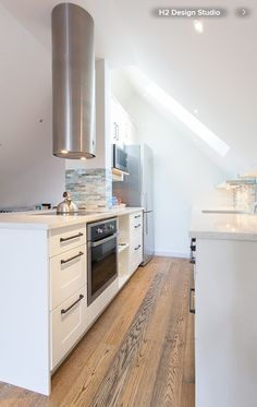 Cooker hood as a statement; small kitchen