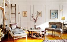 Brooklyn Townhouse: Chic, vintage style decor.
