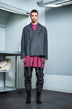 Siki Im presented its Fall/Winter 2017 collection during New York Fashion Week Men's. Catwalk Collection, Fashion Show Collection, Winter Collection, Sustainable Looks, Unisex Looks, Rare Clothing, Student Fashion, Knitwear Fashion, Urban Fashion