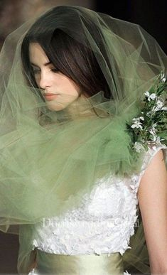 I love the idea of a that matches your accent color. Long wedding veil with diamonds headpiece Bridal Hat, Bridal Headpieces, Bridal Style, Bridal Dresses, Flower Girl Dresses, Tulle Lights, 2015 Wedding Dresses, Bridal Photography, Wedding Veils