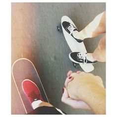 It's a kinda skate relationship ♡ Love Is In The Air, This Is Love, All You Need Is Love, Cute Relationships, Relationship Goals, Skater Couple, Four Letter Words, Hold My Hand, Young Love