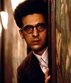 ★★★★☆ - Barton Fink