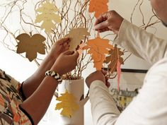 A Thankful Tree: What a great new Thanksgiving tradition!   http://www.hgtv.com/handmade/new-thanksgiving-tradition-create-a-thankful-tree/page-2.html?soc=pinterest
